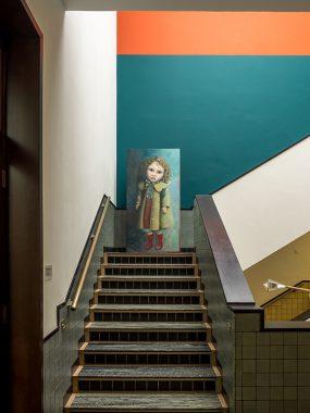 Gemeentemuseum, Felicia 2 op de trap