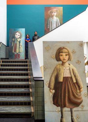Gemeentemuseum, Nina en Manisha