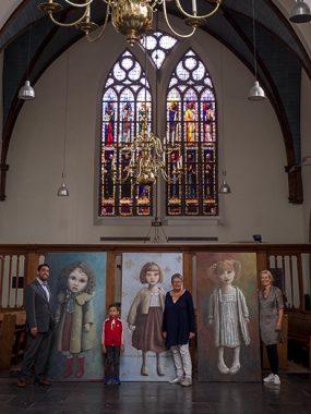 Kloosterkerk, interieur, Ilja de Weerd, zoon Eli en collega Ellen van der Sar
