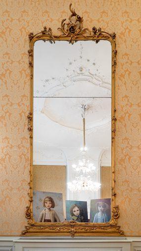 Pulchri Studio, voor de spiegel in de Louis XV-zaal