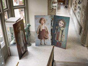 Pulchri Studio, in de marmeren gang